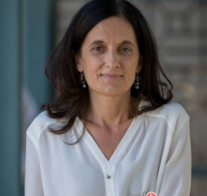 Prof. Fernanda Rodrigues